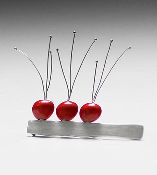 silver-seed-brooch-02