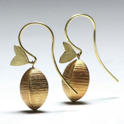 Very Garcia pod earrings 01
